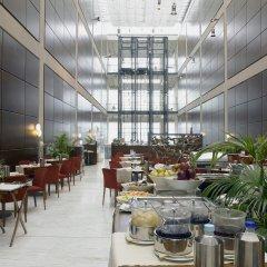 Отель DoubleTree by Hilton Turin Lingotto питание фото 2