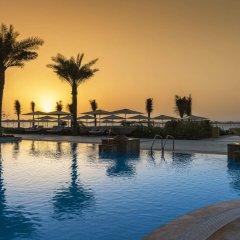 Отель Ajman Saray, A Luxury Collection Resort Аджман бассейн фото 2