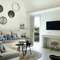 Отель Santo Maris Oia, Luxury Suites & Spa 5* Полулюкс с различными типами кроватей фото 7