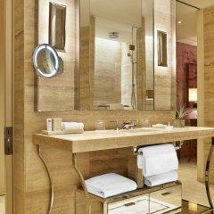 Отель The St. Regis Bal Harbour Resort ванная фото 2