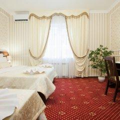 Гостиница Леонардо Стандартный семейный номер с разными типами кроватей