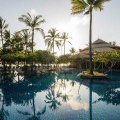 Nusa Dua Beach Hotel & Spa бассейн фото 5