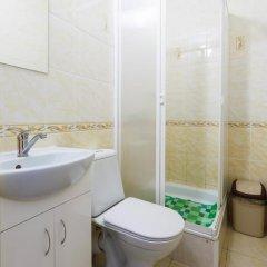 Апельсин Хостел на Чистопольской Казань ванная