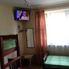 Гостиница Меблированные комнаты Благовест Стандартный семейный номер с различными типами кроватей