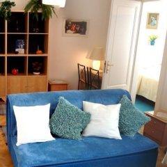 Отель Royal Route Aparthouse Прага комната для гостей фото 6