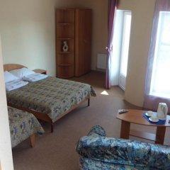 Гостиница Алый Парус сейф в номере
