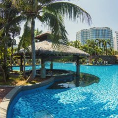 Отель Mingshen Jinjiang Golf Resort бассейн