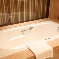 Baolilai International Hotel 5* Улучшенный номер с различными типами кроватей фото 4