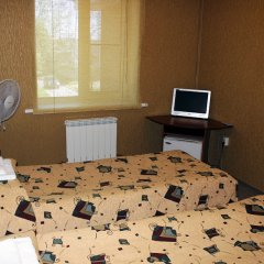 Гостиница Тихвин в Тихвине отзывы, цены и фото номеров - забронировать гостиницу Тихвин онлайн комната для гостей