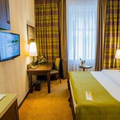Гостиница Петро Палас 5* Улучшенный номер с различными типами кроватей