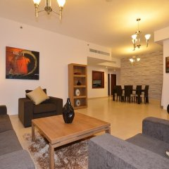 Отель Vacation Holiday Homes - Jumeirah Beach Residences комната для гостей фото 11