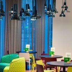 Отель Holiday Inn Warsaw City Centre гостиничный бар фото 4