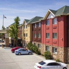 Отель Comfort Inn & Suites Durango парковка фото 3