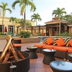 Отель Real InterContinental Tegucigalpa at Multiplaza Mall бассейн