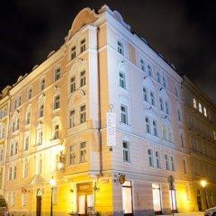 Отель Caruso Чехия, Прага - отзывы, цены и фото номеров - забронировать отель Caruso онлайн вид на фасад фото 2