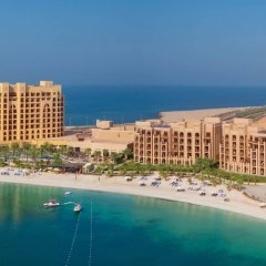Отель DoubleTree by Hilton Resort & Spa Marjan Island пляж