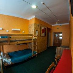 Хостел Хабаровск B&B Кровать в общем номере с двухъярусной кроватью фото 16
