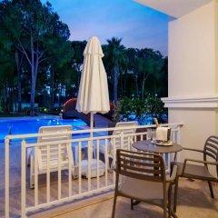 Bellis Deluxe Hotel 5* Домик Jasmine lake pod с различными типами кроватей фото 2