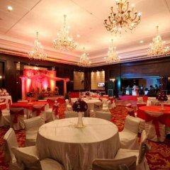 Отель Country Inn & Suites By Carlson, Satbari, New Delhi Индия, Нью-Дели - отзывы, цены и фото номеров - забронировать отель Country Inn & Suites By Carlson, Satbari, New Delhi онлайн помещение для мероприятий фото 2