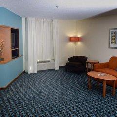 Отель Fairfield Inn & Suites Effingham комната для гостей фото 7