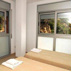 Отель Oferta Apartamentos Blanes Испания, Бланес - отзывы, цены и фото номеров - забронировать отель Oferta Apartamentos Blanes онлайн комната для гостей фото 2