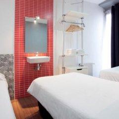 Отель Hostal Nitzs Bcn комната для гостей фото 7