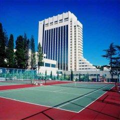 Гостиница Рэдиссон Лазурная спортивное сооружение