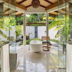 Отель Furaveri Island Resort & Spa 5* Вилла Dhoni с бассейном с различными типами кроватей фото 2