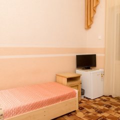 Гостиница Guest House Nika Номер Эконом с 2 отдельными кроватями фото 8