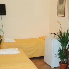Отель Domus Romana Италия, Рим - отзывы, цены и фото номеров - забронировать отель Domus Romana онлайн удобства в номере фото 2