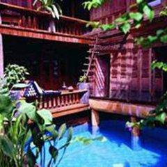 Отель Baan Thai Wellness Retreat Bangkok Бангкок бассейн