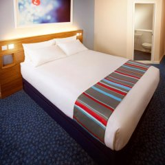 Travelodge London Excel Hotel комната для гостей фото 4