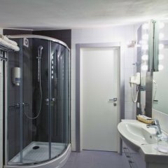 Гостиница Мегаполис в Брянске - забронировать гостиницу Мегаполис, цены и фото номеров Брянск ванная