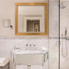 Отель The Westin Palace 5* Классический номер с различными типами кроватей фото 3