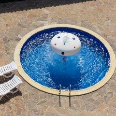 Гостиница База отдыха Белый лебедь в Анапе 1 отзыв об отеле, цены и фото номеров - забронировать гостиницу База отдыха Белый лебедь онлайн Анапа бассейн фото 2