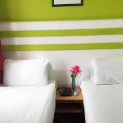 Euro Wembley - Elm Hotel комната для гостей