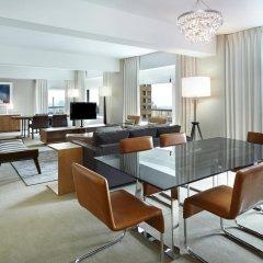 Отель New York Hilton Midtown 4* Президентский люкс с двуспальной кроватью фото 2