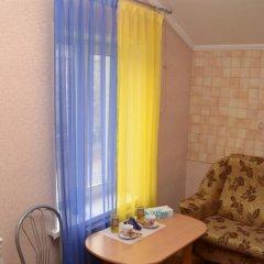 Гостиница Гостевой дом «Рио» в Уссурийске отзывы, цены и фото номеров - забронировать гостиницу Гостевой дом «Рио» онлайн Уссурийск комната для гостей фото 5