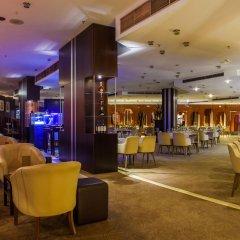 Отель Transcorp Hilton Abuja гостиничный бар