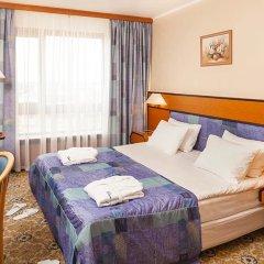 Гостиница Космос 3* Люкс с двуспальной кроватью