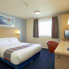 Отель Travelodge London Ilford комната для гостей фото 4