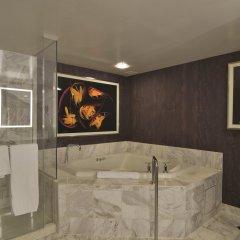 Отель SKYLOFTS at MGM Grand 4* Люкс Tower Spa с различными типами кроватей фото 5
