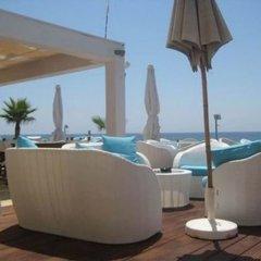 Piere - Anne Beach Hotel бассейн