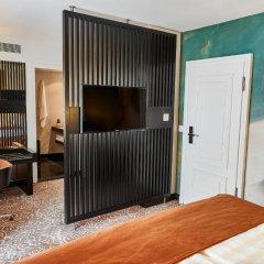 Hotel Vier Jahreszeiten Kempinski München 5* Улучшенный номер с различными типами кроватей фото 2