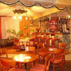 Отель Rodina Болгария, Банско - отзывы, цены и фото номеров - забронировать отель Rodina онлайн гостиничный бар фото 3