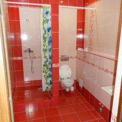 Гостиница Амшенский двор в Сочи отзывы, цены и фото номеров - забронировать гостиницу Амшенский двор онлайн ванная