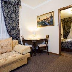 Гостиница Леонардо Стандартный семейный номер с разными типами кроватей фото 5