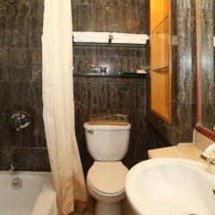 Отель Beijing Ping An Fu Hotel Китай, Пекин - отзывы, цены и фото номеров - забронировать отель Beijing Ping An Fu Hotel онлайн ванная фото 4