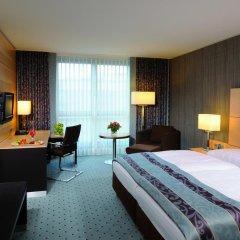 Maritim Hotel Düsseldorf 4* Улучшенный номер с двуспальной кроватью