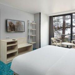Отель Yalta Intourist Массандра комната для гостей фото 9